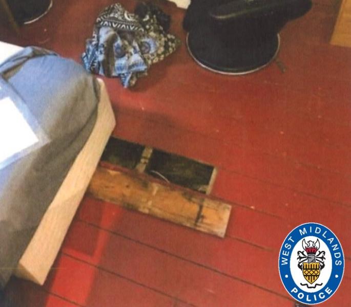 Dealer jailed after Drugs Stash found under Floorboards
