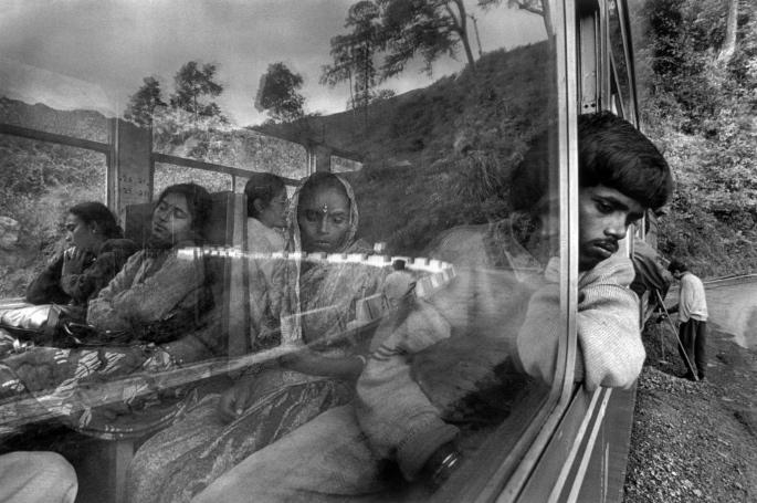 ٹاپ 15 ہندوستانی فوٹوگرافروں اور ان کا کام - روشنی 3 کے ساتھ ڈرائنگ