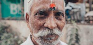 कोणती भाषा सर्वात जुनी आहे - तामिळ किंवा संस्कृत? f