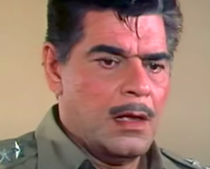 20 Famous Bollywood Police Characters in Movies – Inspector Girdharilal Singh
