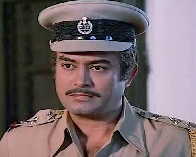 20 Famous Bollywood Police Characters in Movies - Sholay