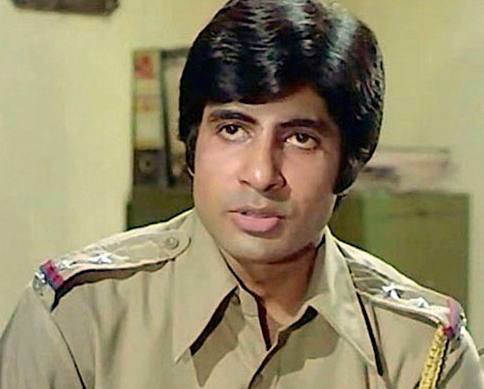 20 Famous Bollywood Police Characters in Movies - Zanjeer