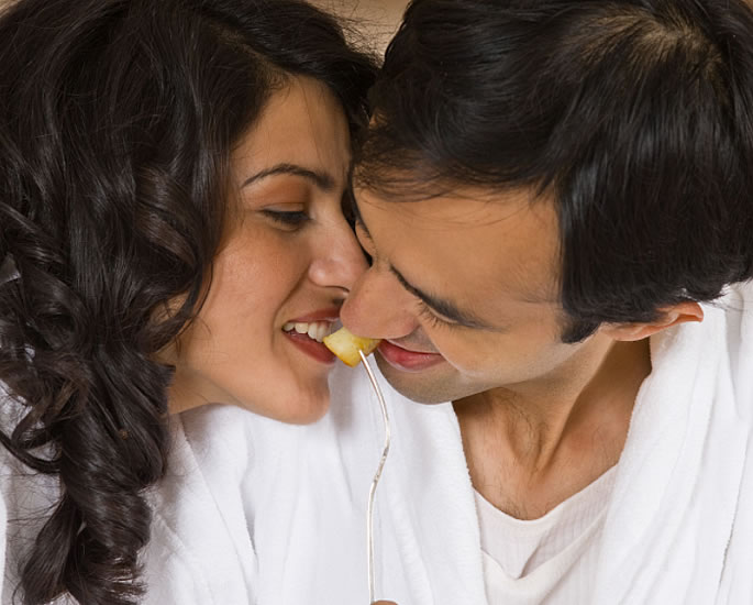 Golden Rules of Sex according to Ayurveda - meal