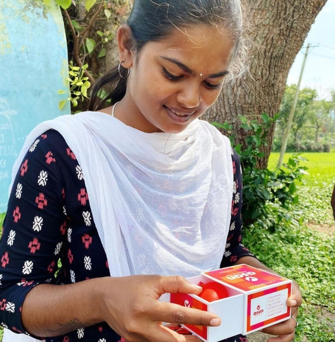 Indian Girl on Mission to End Period Poverty in India - girl