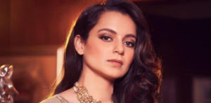 Kangana calls out Akshay Kumar and 'Movie Mafia Terror' f