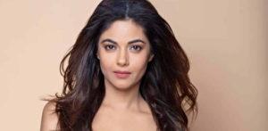 Meera Chopra says being related to Priyanka not helped Career f