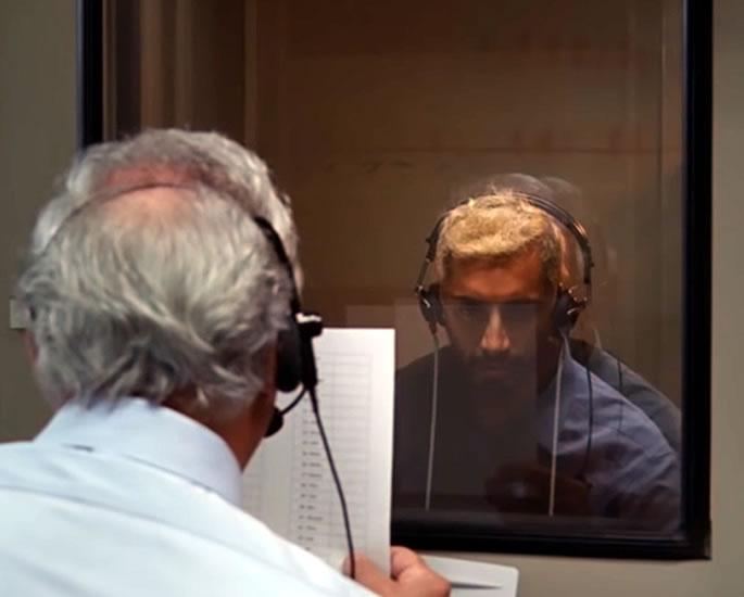 मेटल ऑस्कर नामांकन के साउंड के बीच रिज अहमद ने बातचीत की