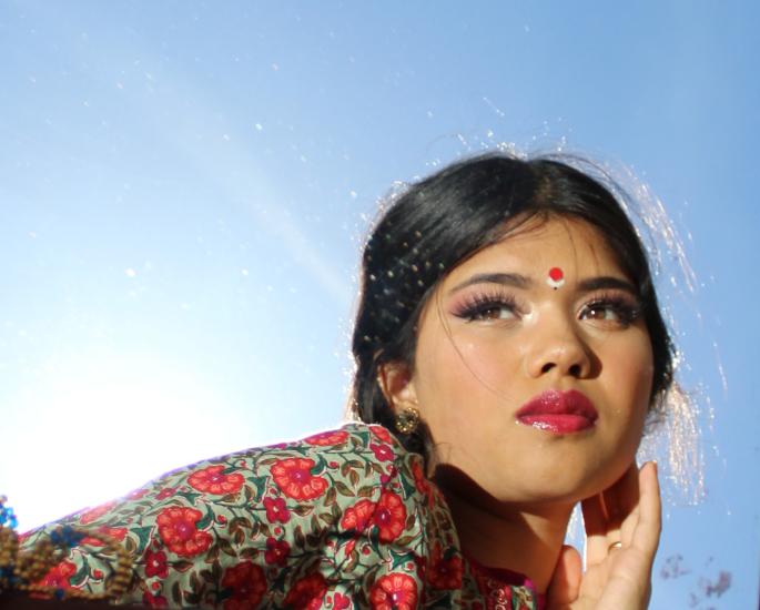 गायिका महारानी बोलतात बहुभाषिक संगीत, सर्जनशीलता आणि संस्कृती - सूर्य