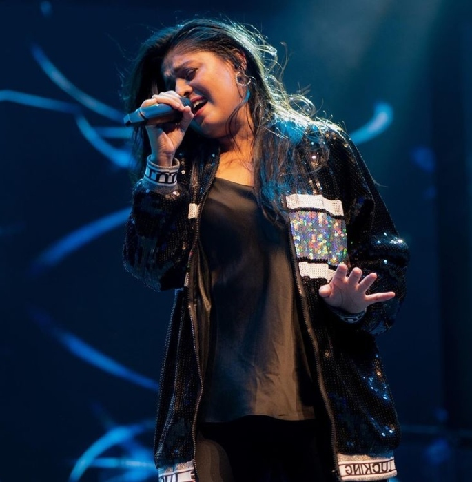 Sunidhi Chauhan Speaks About Indian Music Industry-singing
