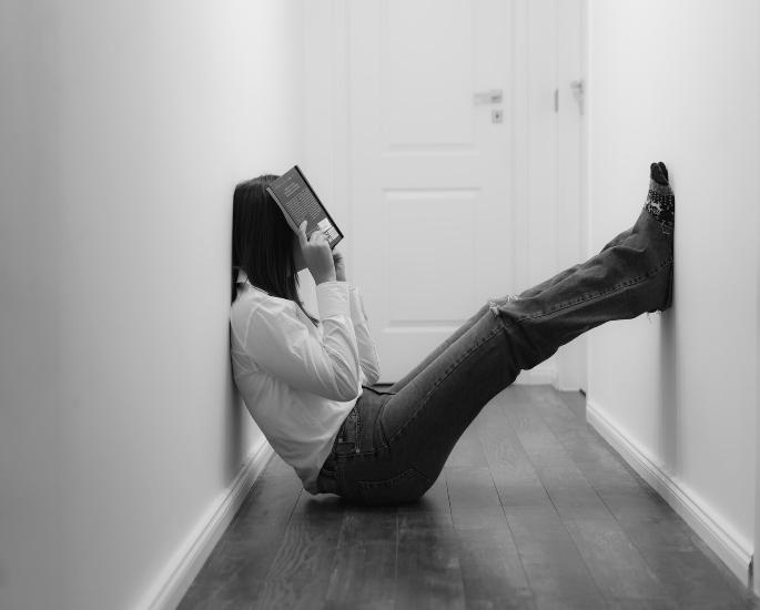 कोविद -19 के दौरान एशियाई माता-पिता के साथ रहने का प्रभाव - तीव्र दबाव