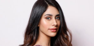 Warina Hussain quits Social Media for her 'Sanity' f