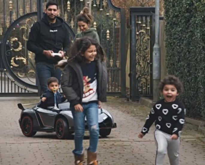 Amir & Faryal celebrate Zaviyar's Birthday in 'Meet the Khans' - zaviyar