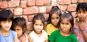 ભારત બાળકોની સમસ્યાનો સામનો કરે છે કારણ કે કોવિડ અનાથ એફ