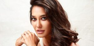 Lisa Haydon Promotes maternity fashion-f