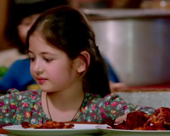 குறைபாடுள்ள கதாபாத்திரங்கள் இடம்பெறும் 15 சிறந்த பாலிவுட் பாடல்கள் - சிக்கன் பாடல்