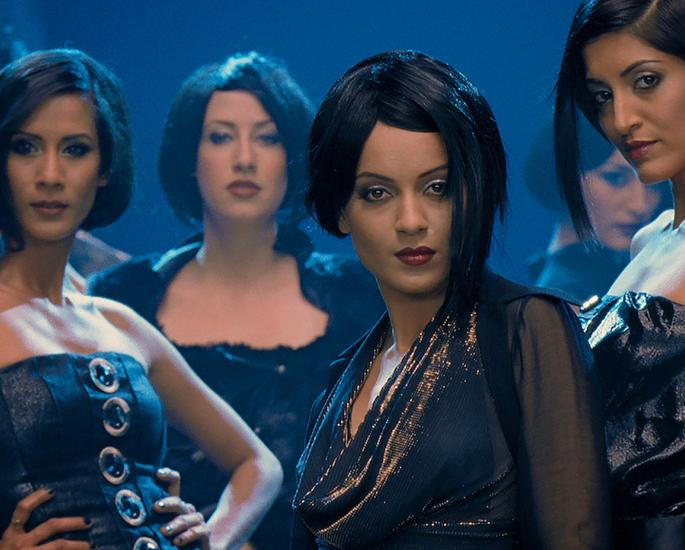 20-Bollywood-Chick-Flicks-Every-Girl-Must-Watch-Fashion-Jpeg.jpg