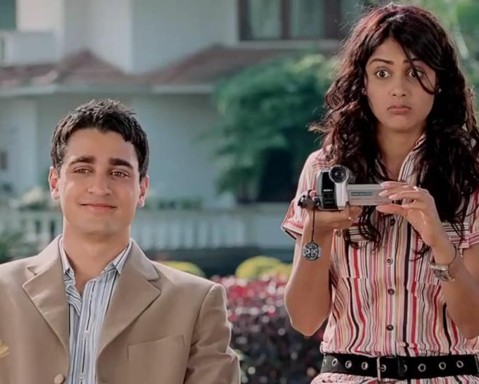 20-Bollywood-Chick-Flicks-Every-Girl-Must-Watch-Jaane-Tu-Ya-Jaane-Na-Jpeg-1.jpg