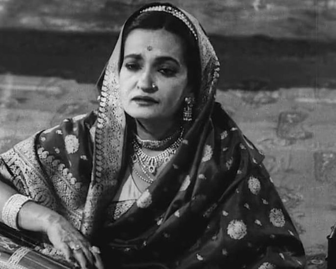30 Famous Indian Ghazal Singers of All Time – Begum Akhtar