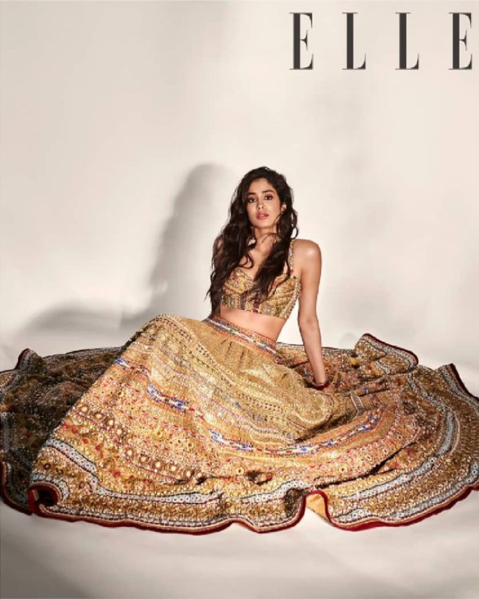Janhvi Kapoor anaangaza huko Elle India Cover Shoot - elle