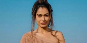 Payal Rohatgi arrested for threatening to Kill Chairperson d
