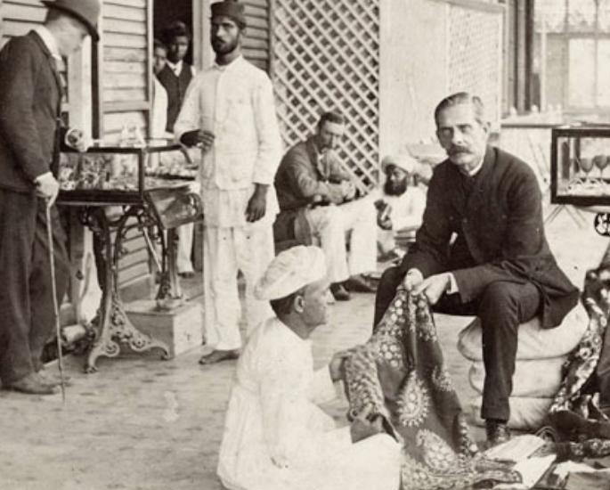 परंपरा और आधुनिकता_ भारतीय नाम में क्या है