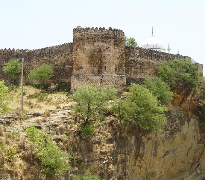 12 Things You Should Do in Rawalpindi - Sangni Fort