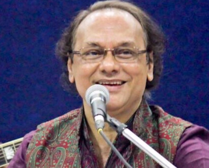 30 Famous Indian Ghazal Singers of All Time – Chandan Dass