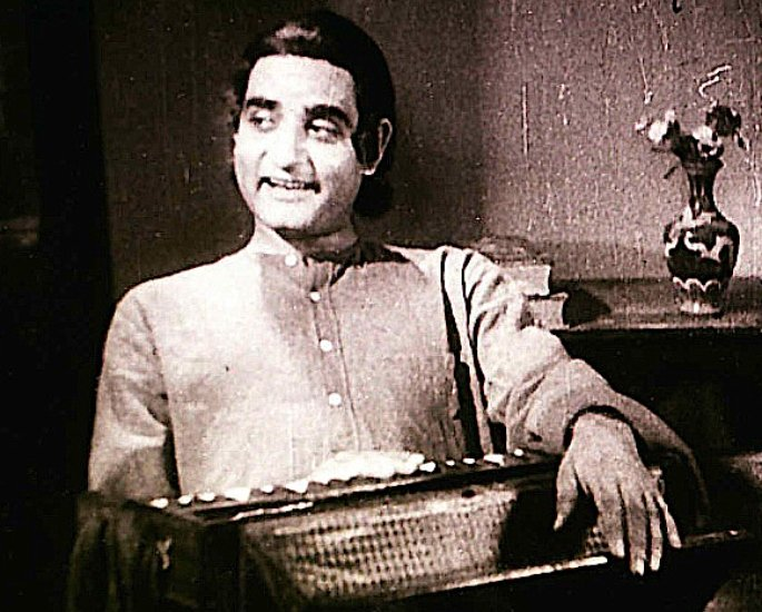 30 Famous Indian Ghazal Singers of All Time – Kundan Lal Saigal