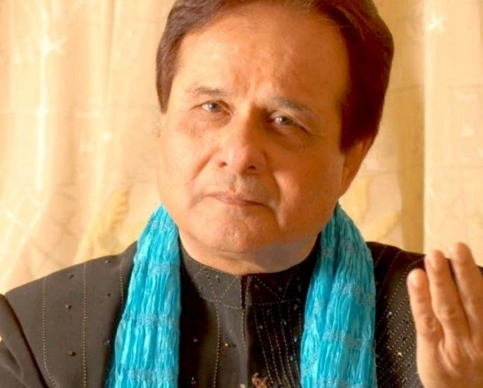 30 Famous Indian Ghazal Singers of All Time – Manhar Udas