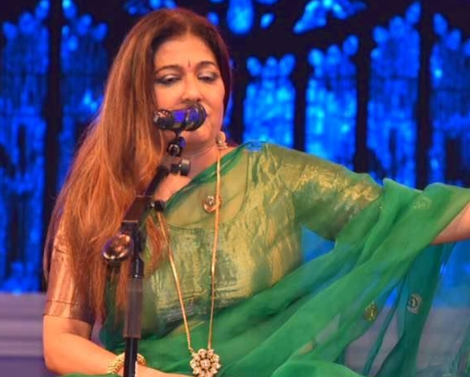 30 Famous Indian Ghazal Singers of All Time – Sunali Rathod