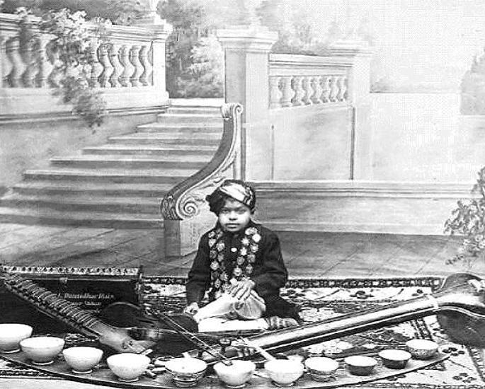 Waimbaji 30 maarufu wa India wa Ghazal wa Wakati Wote - Master Madan 1
