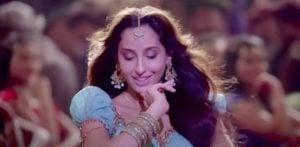 Netizens slam Bollywood Remake of Song for anti-Pakistan Film f