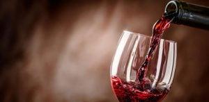 10 पिण्यासाठी सर्वोत्तम भारतीय रेड वाइन f