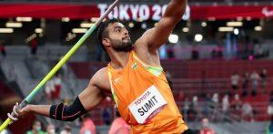 भारतीय पैरालिंपियन सुमित अंतिल ने स्वर्ण पदक जीता f