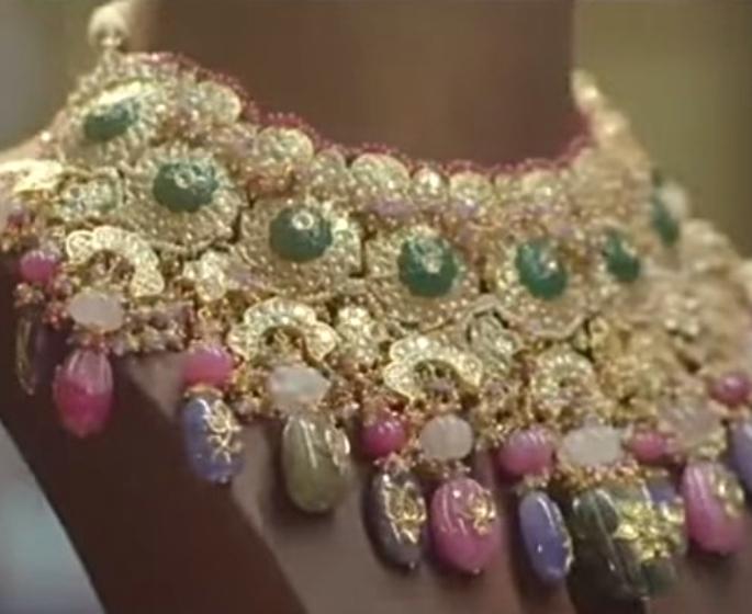 Karan Johar lancia la sua linea di gioielli - gioielli