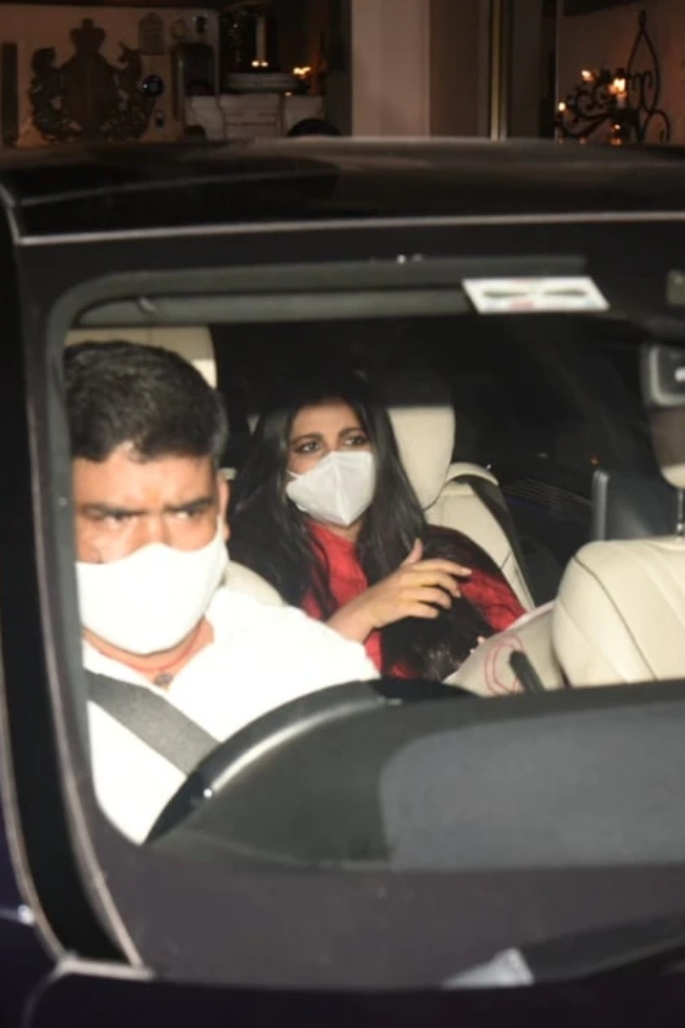 Rhea Kapoor & Karan Boolani Marry in 'hush-hush' Affair - rhea kapoor