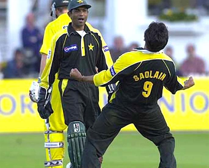 পাকিস্তান দল কি নির্ভীক ক্রিকেট খেলতে 'রিসেট' করতে পারে? - সাকলাইন মোশতাক