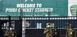 Pakistani Celebs unhappy over England Cricket Cancellation f
